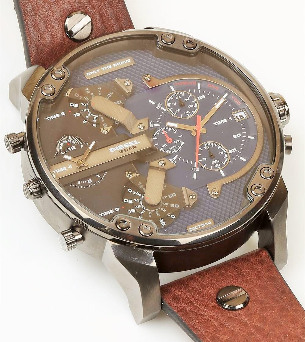 Часы произведены в италии часовыми мастерами, которые знают секретные технологии изготовления по-настоящему качественных наручных часов.